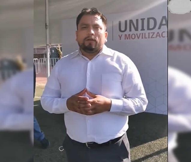 Hermano de Claudia Rivera se registra por el distrito 9 de Morena, pese a que 8 de 10 la reprueban