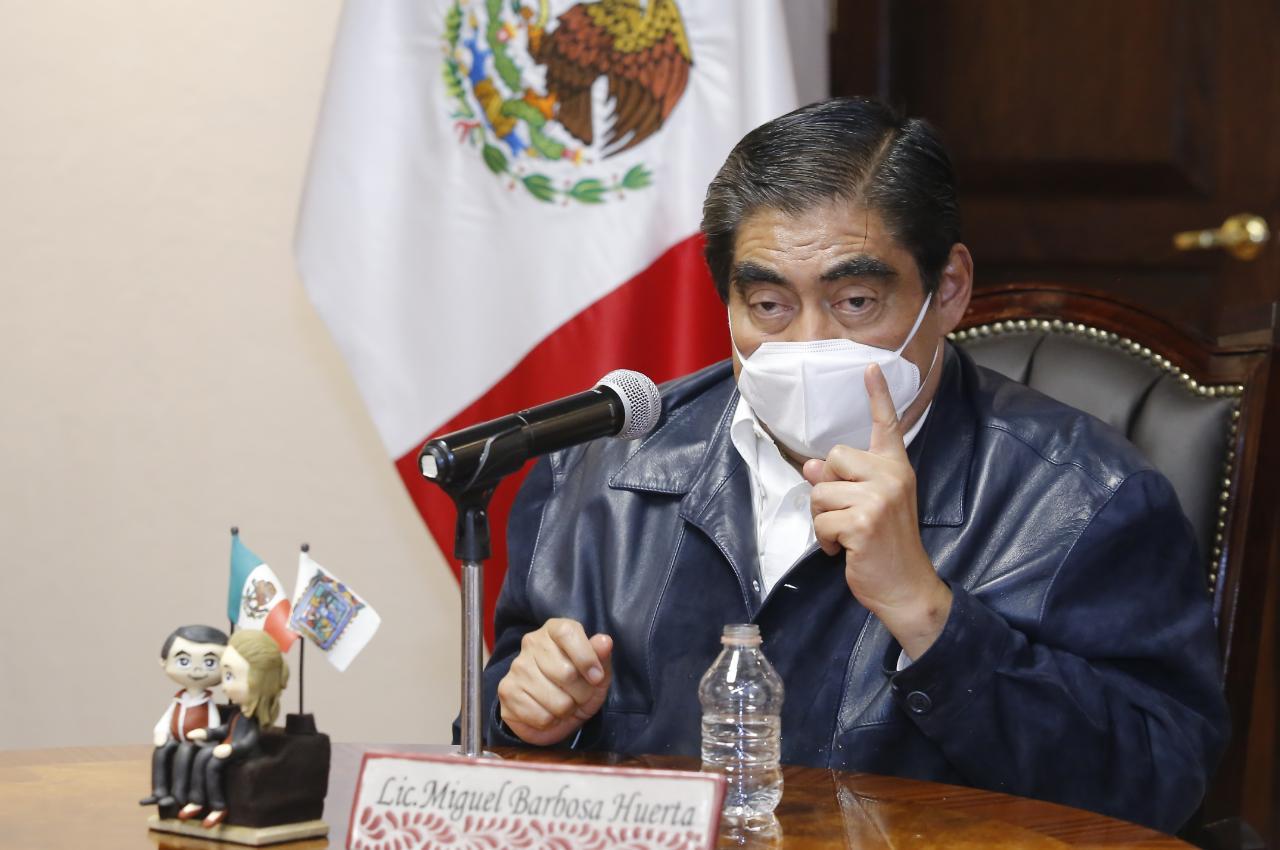 Rehabilitación de Mercado de Amalucan a punto de caerse por falta de diálogo con comerciantes: Barbosa