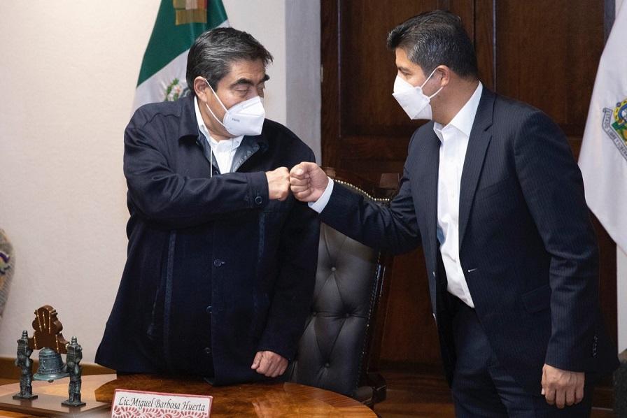 Barbosa invita a Eduardo Rivera para dar Grito de Independencia en Casa Aguayo