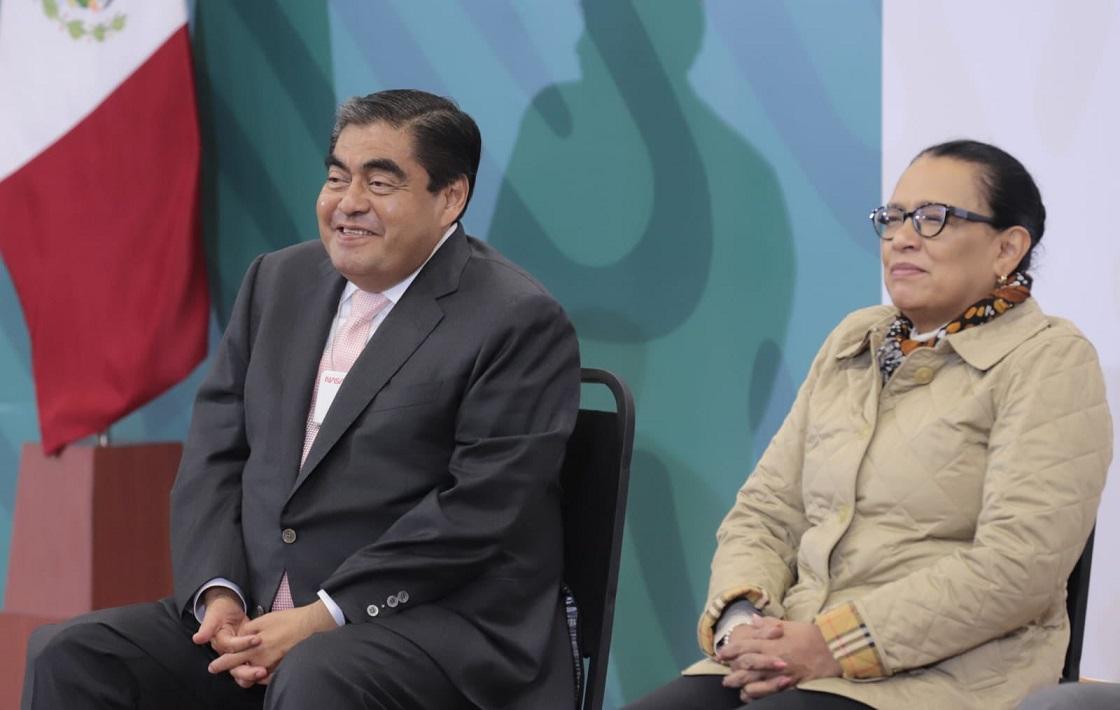 Reducen 40 % tomas clandestinas en Puebla durante 2021 : Barbosa