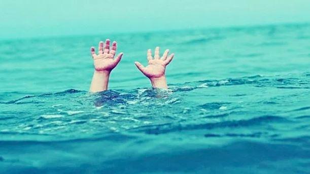 Bebé de 2 años muere ahogado al caer a una cisterna
