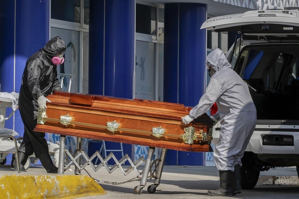 Fallecen 556 médicos y enfermeras por Covid-19 en Puebla: Salud