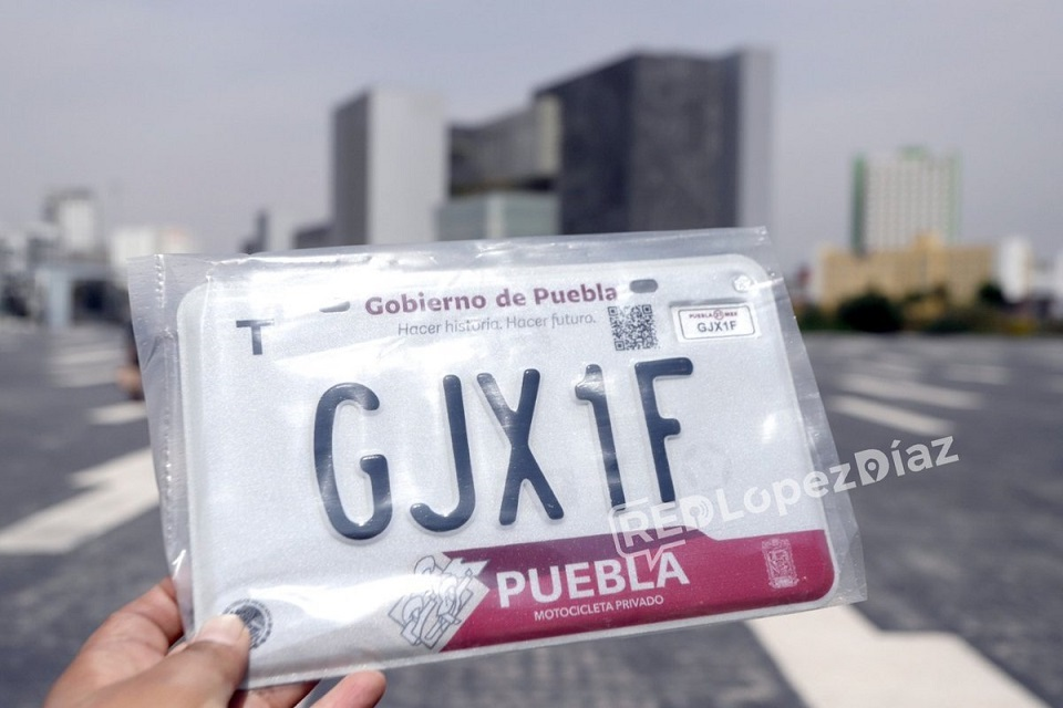 Barbosa condonará tarjeta de circulación, si poblanos pagan Reemplacamiento en Puebla