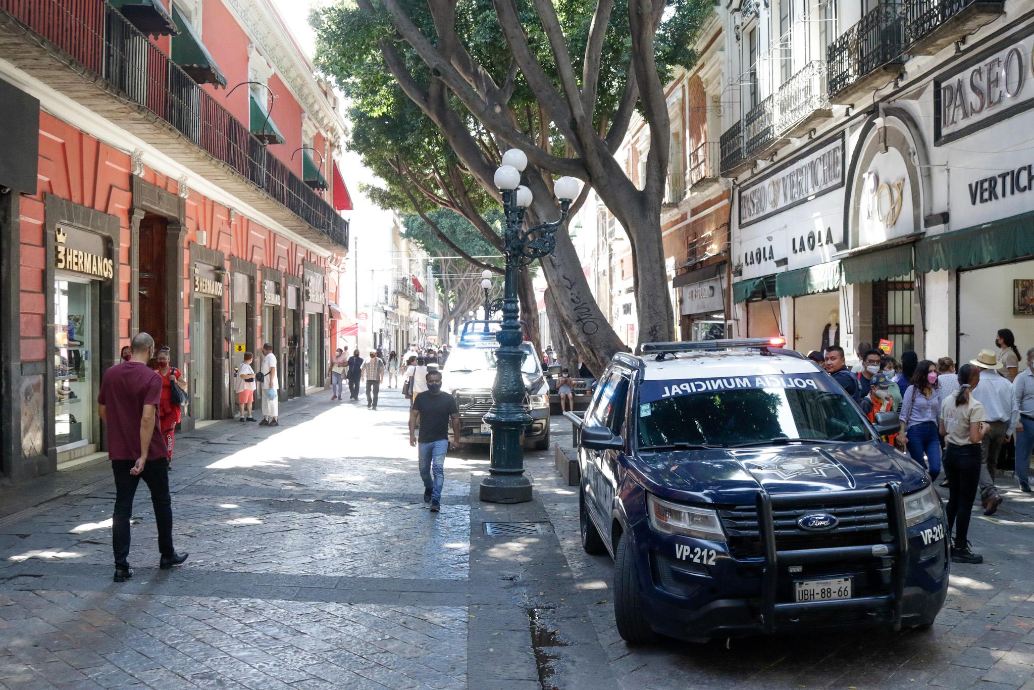 Acuerda Eduardo Rivera tres días sin ambulantes en el Centro Histórico