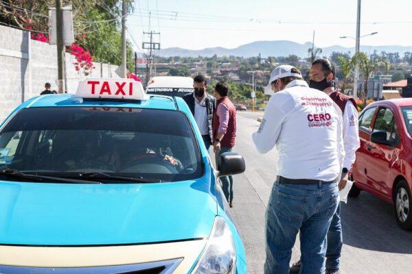 Realiza SMT operativo contra taxis piratas en Atlixco