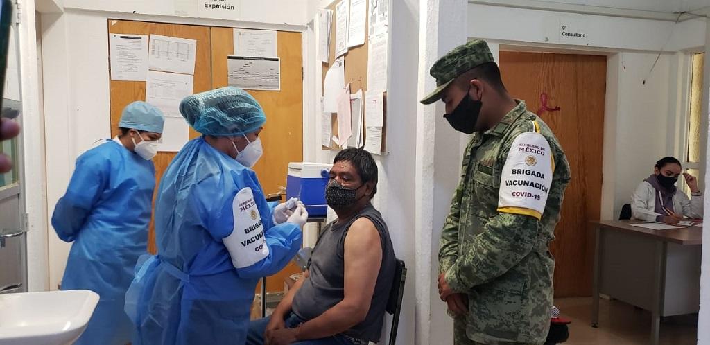 Aplicará Salud vacunas Pfizer para chavorrucos de 40 a 49 años en zona conurbada de Puebla