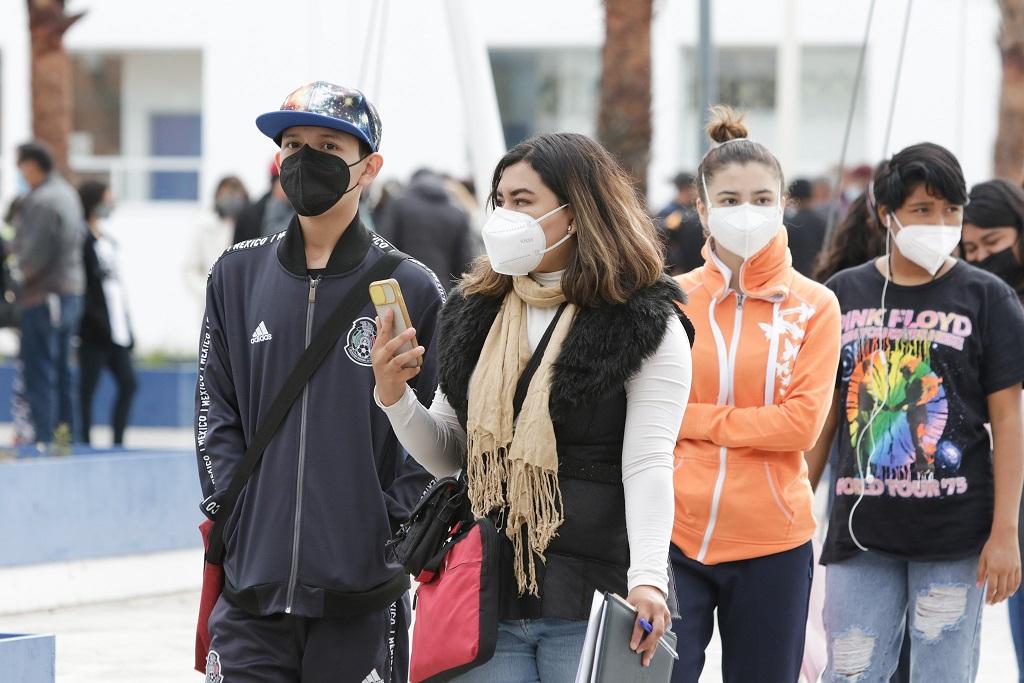 ¡Histórico! Vacunarán este viernes a 83 adolescentes contra Covid-19 en Puebla, tras ganar amparo