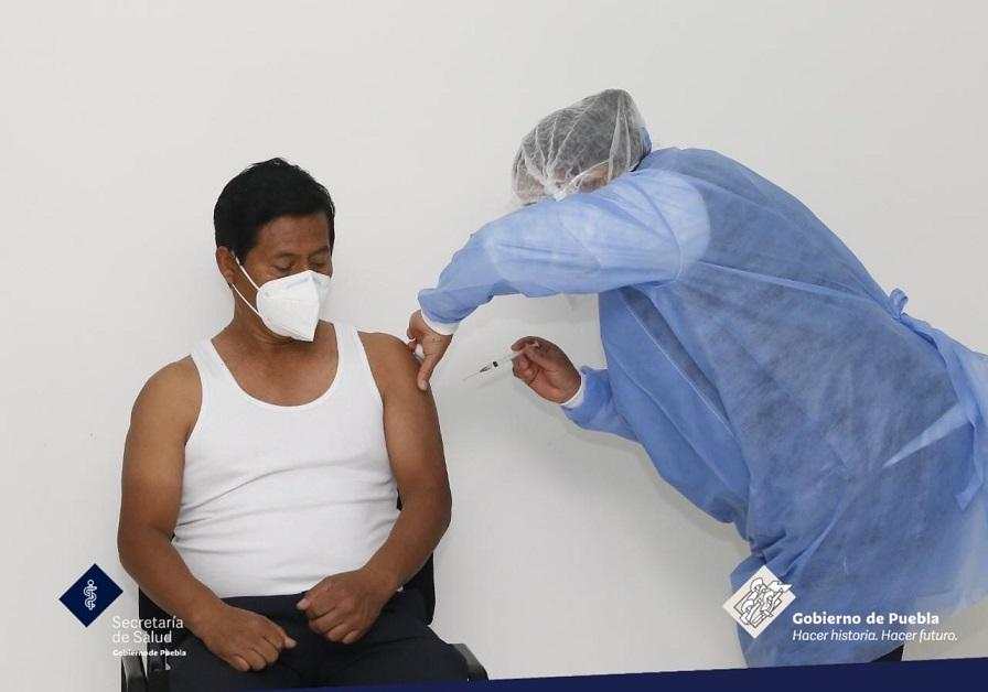 Inicia vacunación en Puebla capital para personas de 50 a 59 años y embarazadas