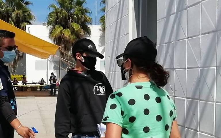 Reciben vacuna Covid dos menores tras ganar amparo en Tehuacán