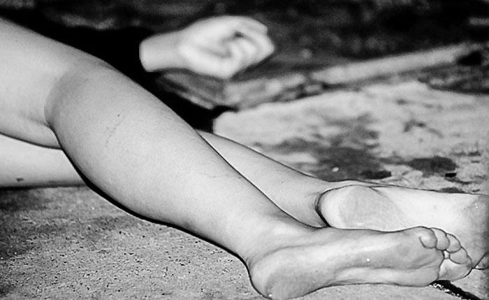Una mujer muere en calles de San José Chapulco
